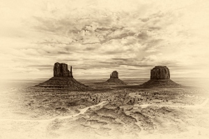 15 -Monument Valley -Antique